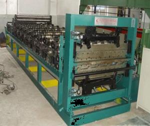 C型钢成型机