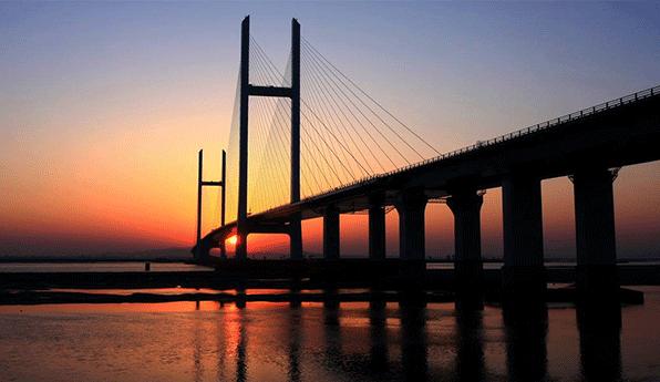 钢结构桥梁图片